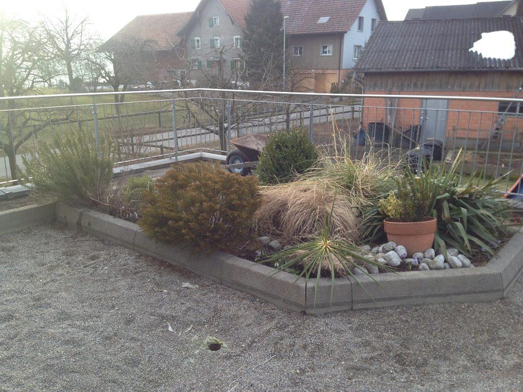 EFH Hosenruck Gartenbauer Thurgau Terrassengestaltung