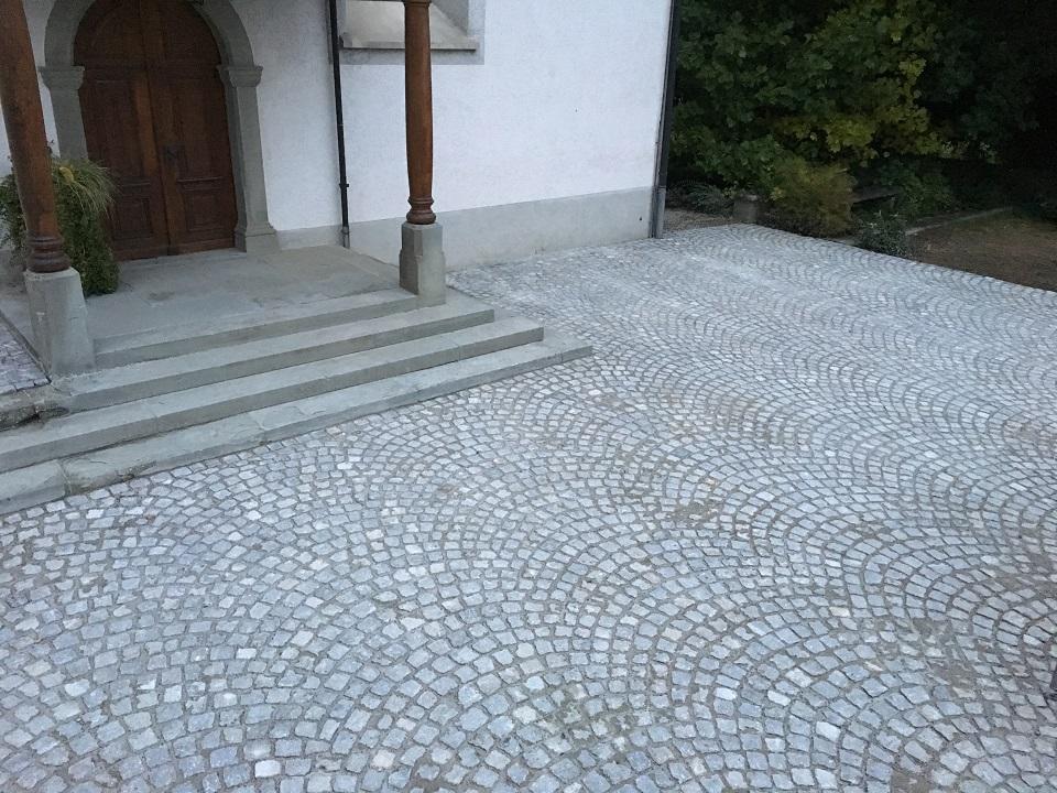 Evangelische Kirche Schönholzerswilen- Pflästerung